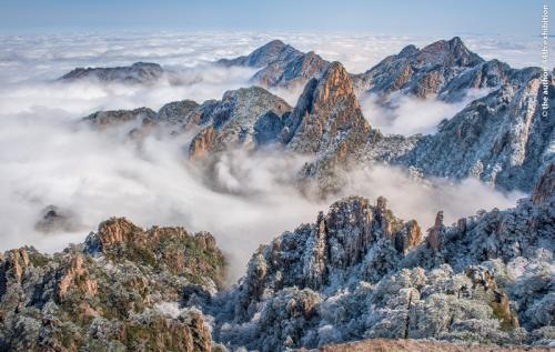 FIAP Ribbon-Huangshan Snow Scene 2-HsinHsin Liu-Taiwan
